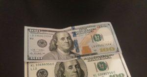 Как поменять доллары старого образца на новые