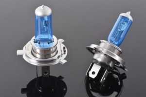 Галогеновые лампы для авто разрешены или нет